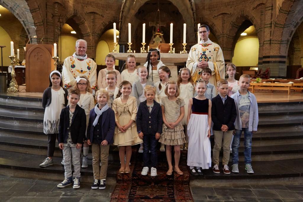 1e Heilige Communie 170416- 113