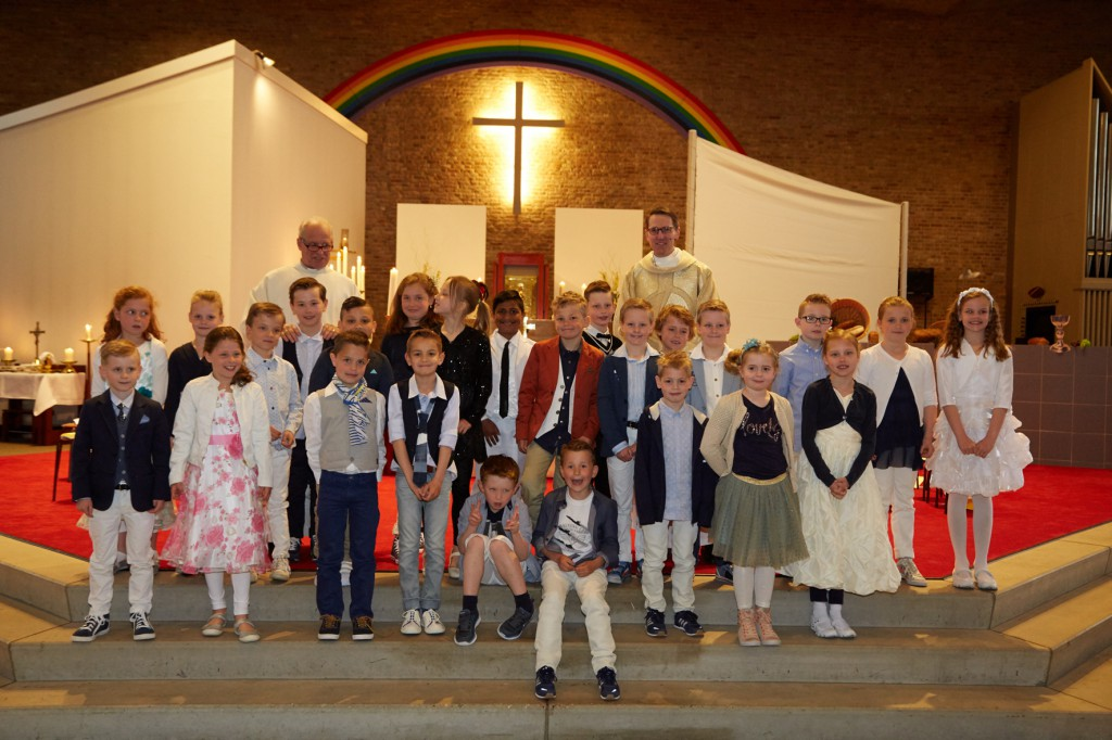 1e Heilige Communie 240416- 162